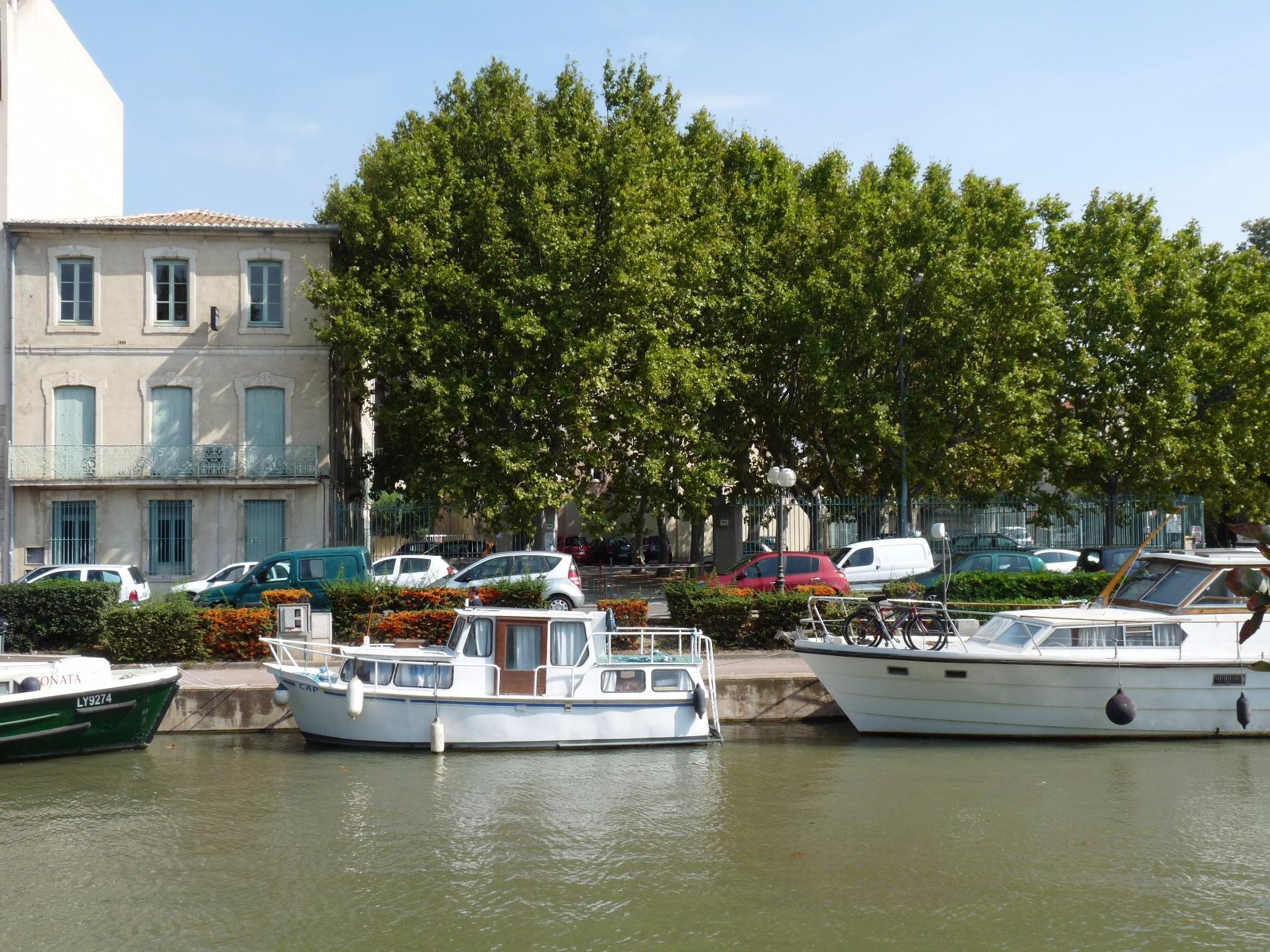 Location immobilier professionnel a louer port la nouvelle en plage bureau au 1er etage face - Code postal port la nouvelle ...